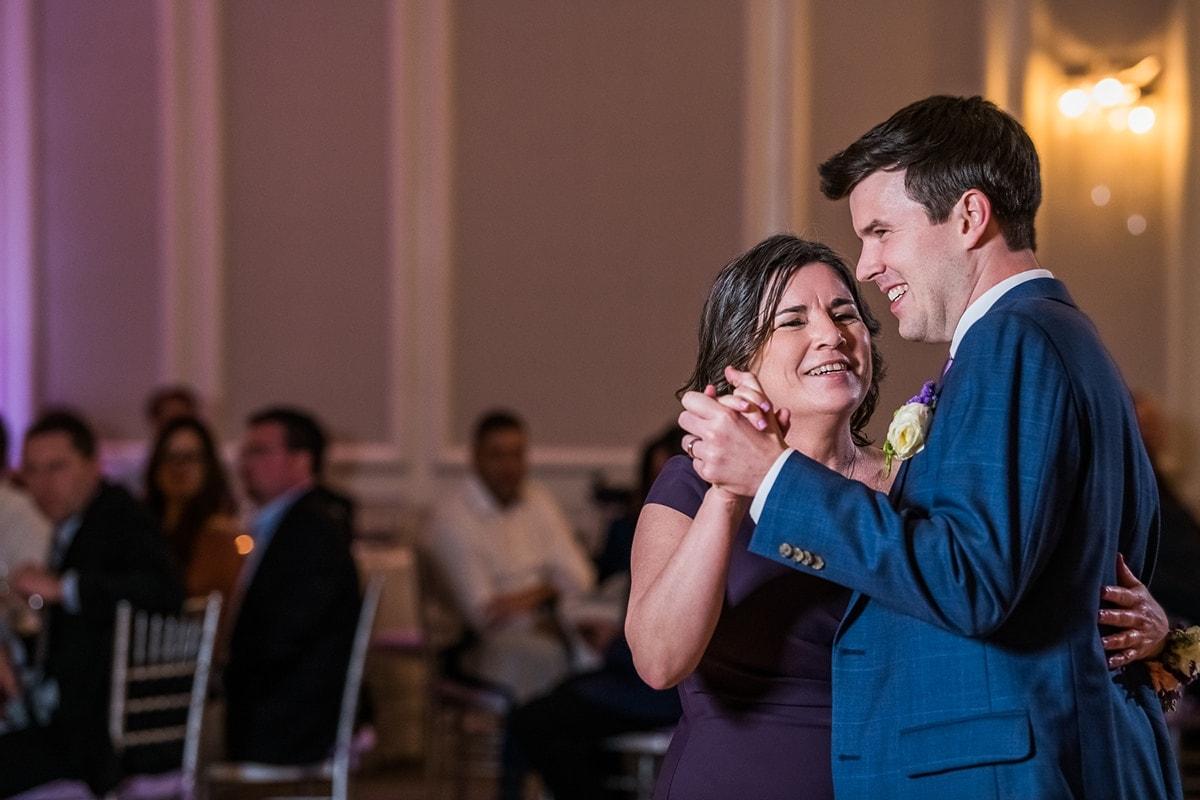 Cristina & Chris - A Love Story