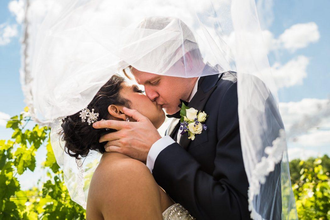 morais-vineyards-wedding-in-bealeton-virginia-16
